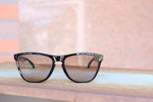 お客様ご注文品OAKLEY(オークリー)FrogSkins 調光レンズオーダーサングラスのご紹介