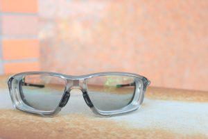お客様ご注文品OAKLEY(オークリー)CROSSLINK ZERO 調光レンズオーダーサングラスのご紹介