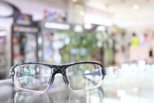 お客様ご注文品 OAKLEY オーダーサングラス FLAK 2.0 フラック2.0のご紹介