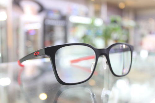 お客様ご注文品 OAKLEY MILESTONE XS 子供用メガネ